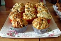 Sajtos-gombás-sonkás muffin